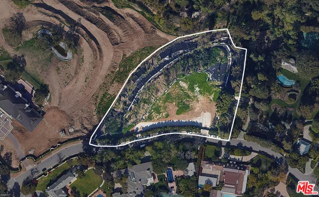 Photo of 344 DELFERN Drive, Los Angeles, CA 90077