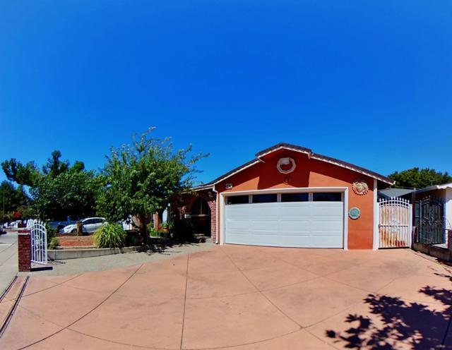 343 Ezie Street, San Jose CA: http://media.crmls.org/mediaz/9964FF38-6405-4E6F-AE39-DE3A79398694.jpg