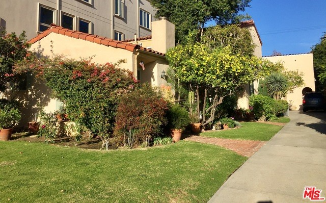 Single Family for Sale at 1946 Manning Avenue Los Angeles, California 90025 United States