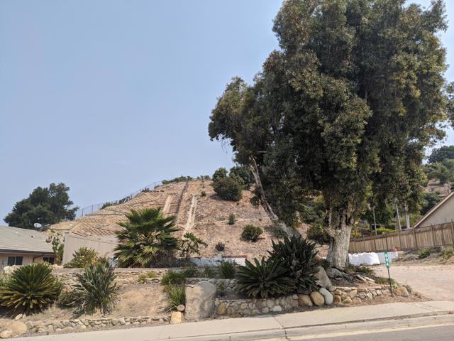 894 High Point Drive, Ventura CA: http://media.crmls.org/mediaz/99C100D2-979E-4B8A-A8ED-8BD8968B4887.jpg
