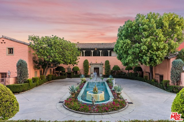1011 N BEVERLY Drive, Beverly Hills, California 90210, 18 Bedrooms Bedrooms, ,22 BathroomsBathrooms,Single family residence,For sale,BEVERLY,20547352