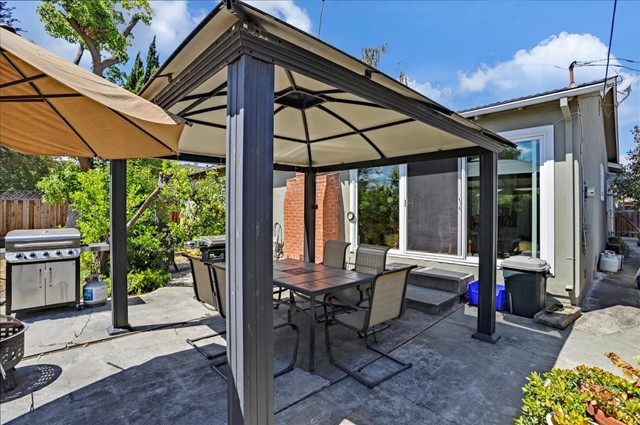 1758 Heron Avenue, Sunnyvale CA: http://media.crmls.org/mediaz/9AF97798-9EC1-4679-B275-B8E5E96509B8.jpg