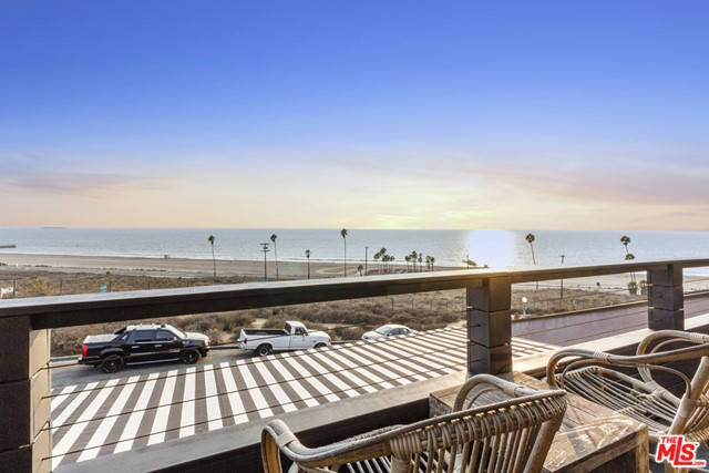 7611 Rindge Ave, Playa del Rey, CA 90293 photo 15