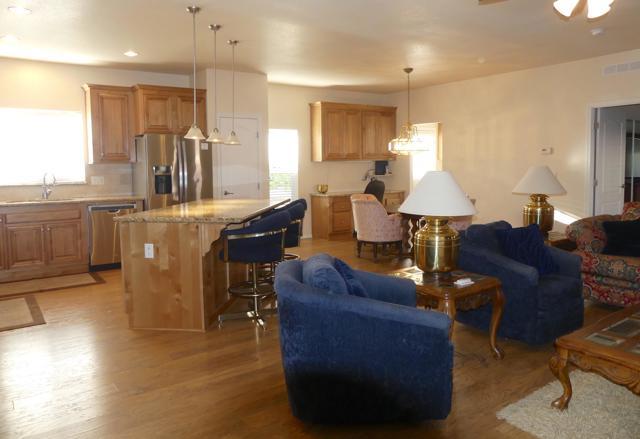 73230 Adobe Springs Drive, Palm Desert CA: http://media.crmls.org/mediaz/9B188349-49B5-4BB5-8C27-BE96FE3594C4.jpg