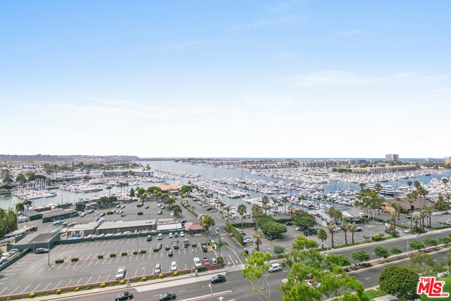 13700 Marina Pointe Dr 1402, Marina del Rey, CA 90292 photo 17