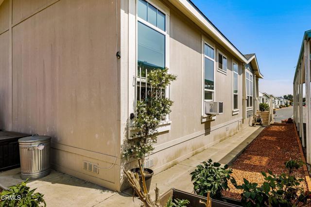 10685 Blackburn Road, Ventura CA: http://media.crmls.org/mediaz/9B9EE193-8CFC-4C2D-B46F-77982CFDBDE0.jpg