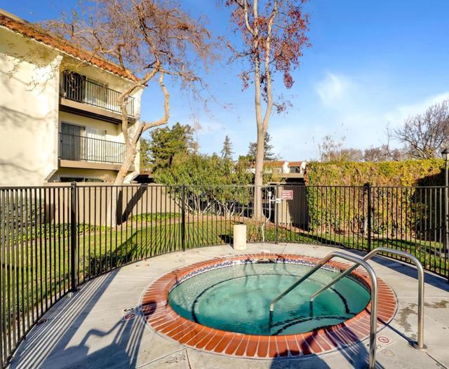 1750 Halford Avenue, Santa Clara CA: http://media.crmls.org/mediaz/9BD09E7A-213E-41EC-BF09-DC971122DF03.jpg