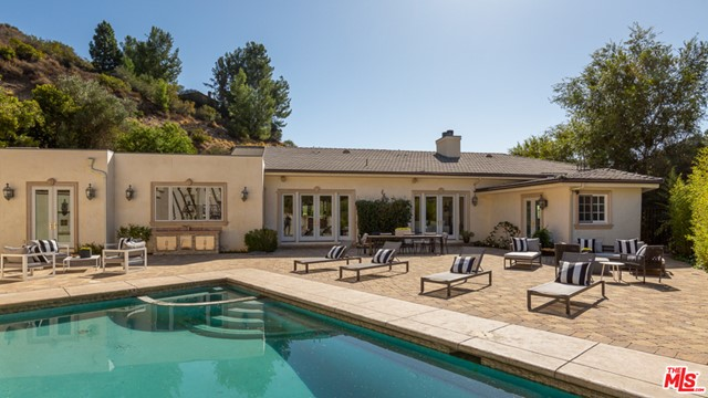 9775 PEAVINE Drive  Beverly Hills CA 90210