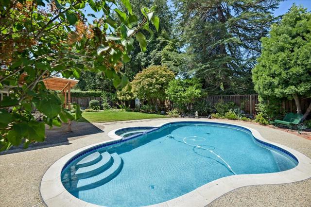 1288 Carmel Terrace, Los Altos CA: http://media.crmls.org/mediaz/9C391C1C-C689-4984-B500-79212DED5675.jpg