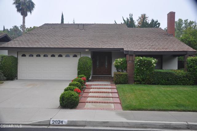 2024 Rosebay Street, Westlake Village CA: http://media.crmls.org/mediaz/9C4B82AA-3029-4ECE-B1F1-C37D7F64B5A5.jpg