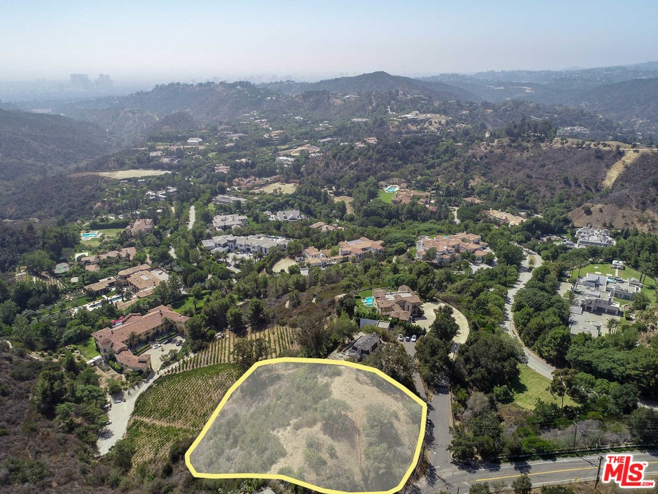 13040 Mulholland Drive #  Beverly Hills CA 90210
