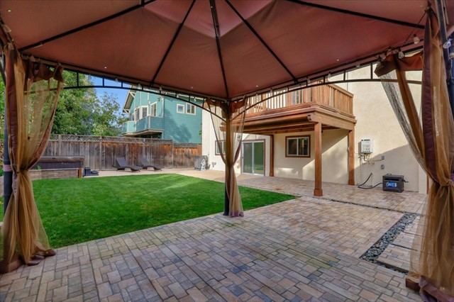 15631 Loma Vista Avenue, Los Gatos CA: http://media.crmls.org/mediaz/9CF56717-EF4B-48BE-BD61-AE56F7FA7329.jpg