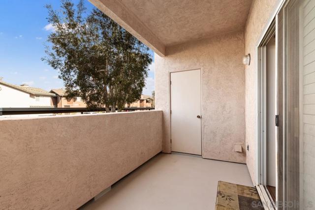 17161 Alva Rd, San Diego CA: http://media.crmls.org/mediaz/9D90B1E7-96F1-4E8E-857A-36DB28C7C85E.jpg