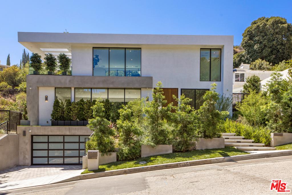 1527 Rising Glen Road #  Los Angeles CA 90069
