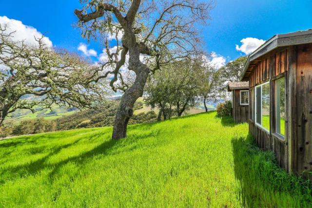 500 El Caminito Road, Carmel Valley CA: http://media.crmls.org/mediaz/9DACBF2A-2DFE-475C-9F2E-1457C3F0925A.jpg
