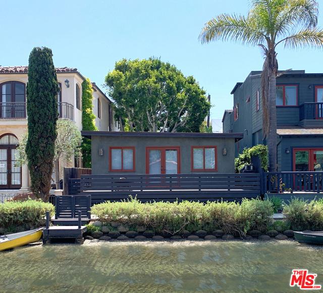 434 Howland Canal, Venice, CA 90291 photo 2