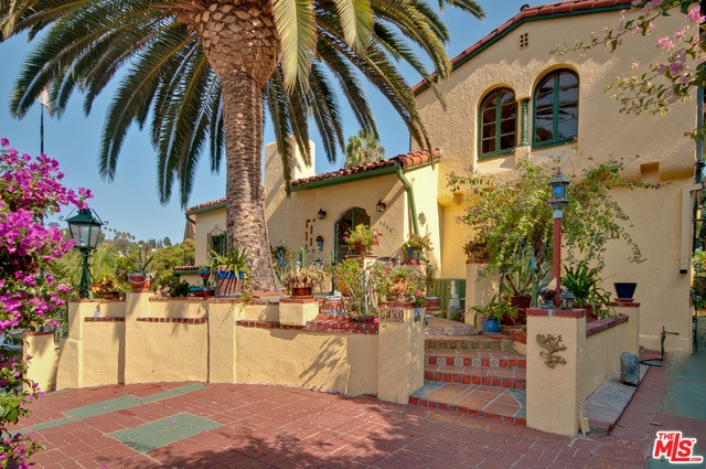 6480 ODIN Street, Los Angeles CA 90068
