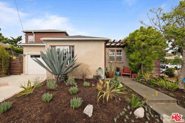 1037 Hill St, Santa Monica, CA 90405 photo 2