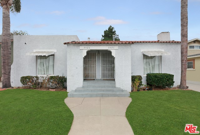 3525 E 15TH Street Long Beach, CA 90804 is listed for sale as MLS Listing 16180294