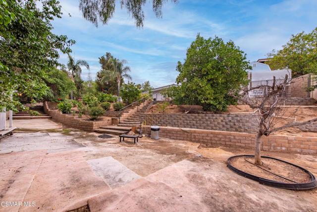 658 Bonwit Place, Simi Valley CA: http://media.crmls.org/mediaz/A002BE10-AB10-486E-8299-10BA09D76F69.jpg