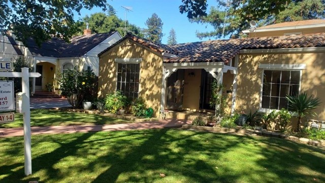 1015 Willow Glen Way, San Jose CA: http://media.crmls.org/mediaz/A00E8034-E09F-49BD-AA34-9FB301F8DA17.jpg