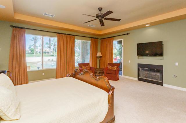 81410 Golf View Drive, La Quinta CA: http://media.crmls.org/mediaz/A071A3D2-9D86-47DA-9E0B-714DC2E54B59.jpg