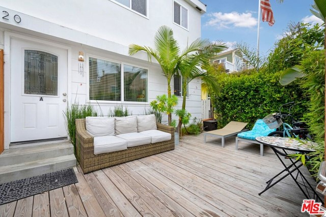 11 20th Ave, Venice, CA 90291 photo 1
