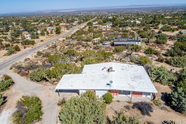 9601 Mountain Road,Pinon Hills,CA 92372, USA