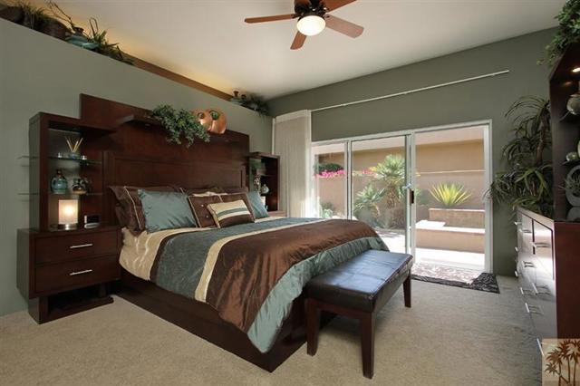 47 Pebble Beach Drive, Rancho Mirage CA: http://media.crmls.org/mediaz/A0F5422F-AF66-4A35-8733-D0F80C5AF771.jpg