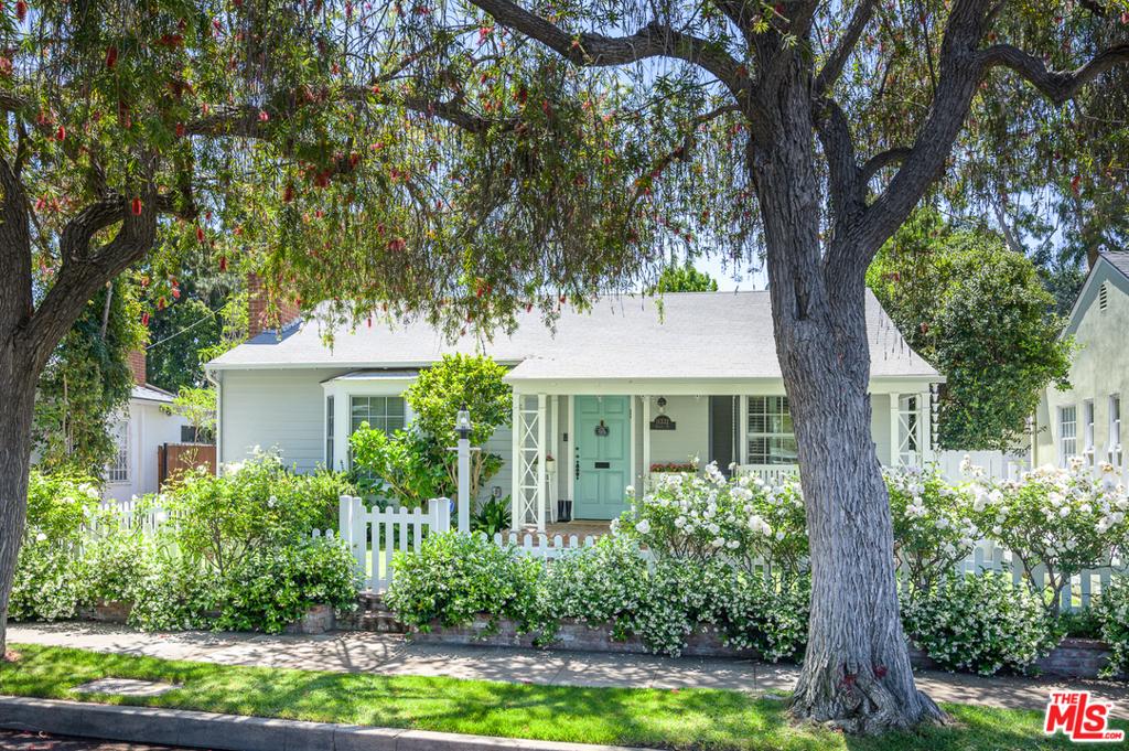 11332 ALBATA Street #  Los Angeles CA 90049
