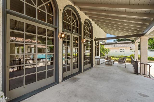 695 Lakewood Place, Pasadena CA: http://media.crmls.org/mediaz/A11F5FE4-46BC-4EC1-8955-650502C3089C.jpg