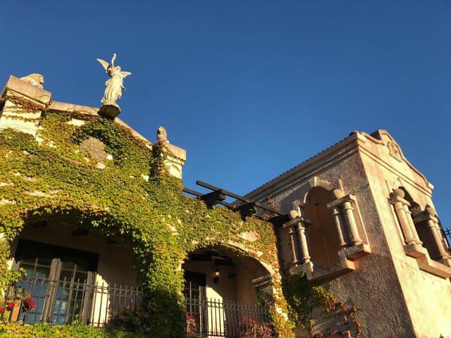 300 Country Club, Carmel Valley CA: http://media.crmls.org/mediaz/A144873E-4E75-41F2-A78E-CE711365E8E5.jpg