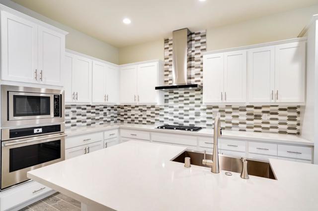 818 Anson Lane, Burlingame CA: http://media.crmls.org/mediaz/A20CF279-19FB-407B-BCEF-A4E8A6E21676.jpg