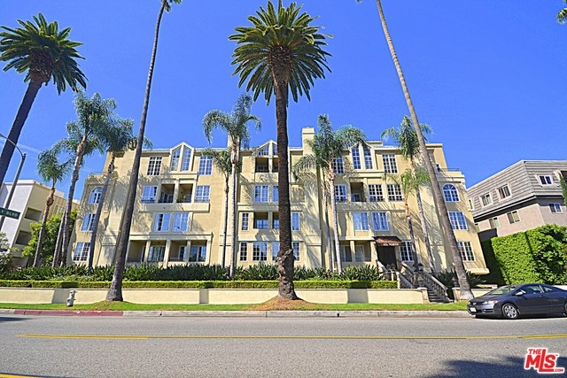 433 Doheny Drive 302, Beverly Hills, CA, 90210