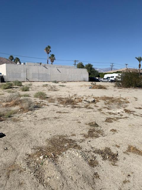 0 Desert Park, Palm Springs CA: http://media.crmls.org/mediaz/A2CCA2A1-3A87-4158-8216-E0C82A2AE525.jpg
