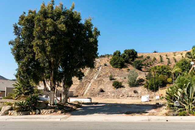 894 High Point Drive, Ventura CA: http://media.crmls.org/mediaz/A2DBAE08-3F7D-44C7-8931-3B9EF9A56989.jpg
