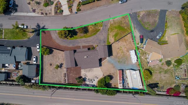 3817 Palm Drive, Bonita CA: http://media.crmls.org/mediaz/A2F81F46-64C0-4B05-90DE-F9986245D1F2.jpg