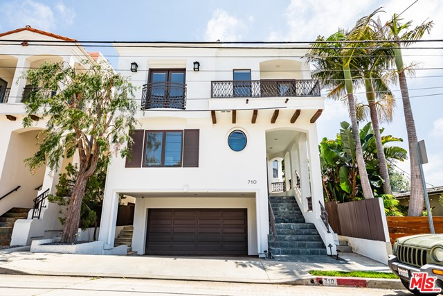 710 8TH Hermosa Beach CA 90254