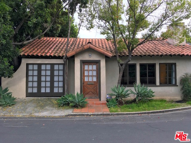 Single Family Home for Rent at 1646 Redesdale Avenue Los Angeles, California 90026 United States