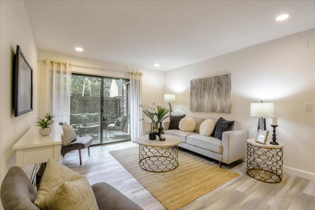933 Catkin Court, San Jose, California 95128, 2 Bedrooms Bedrooms, ,2 BathroomsBathrooms,Residential Purchase,For Sale,Catkin,ML81815257
