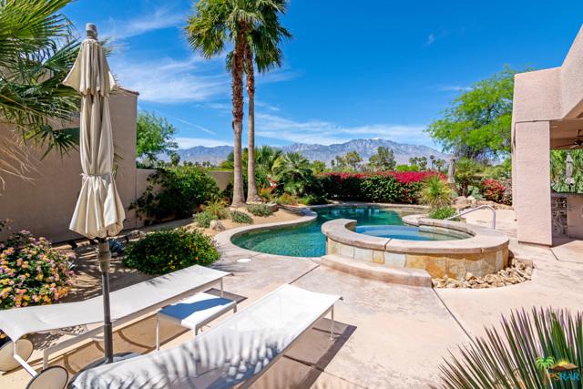 15 Birkdale Circle, Rancho Mirage CA: http://media.crmls.org/mediaz/A534B395-EBCB-4E84-A930-66D59DC61ACE.jpg