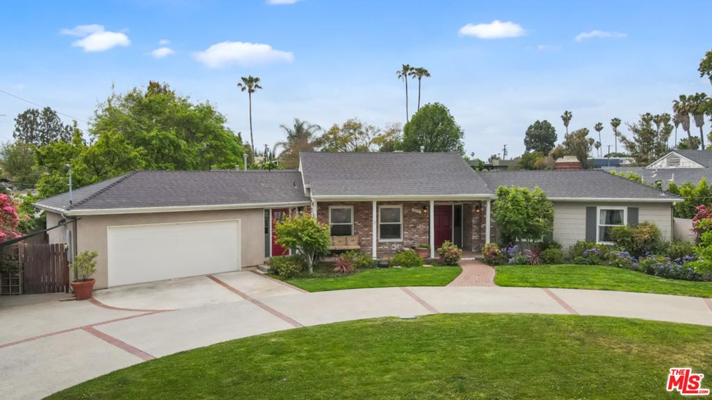5013 Ventura Canyon Avenue #  Sherman Oaks CA 91423