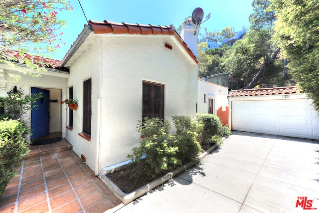 8428 Kirkwood Dr, Los Angeles, CA 90046 Photo 33
