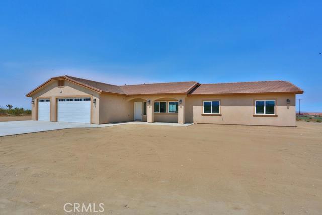 3014 Manzano Road,Pinon Hills,CA 92372, USA