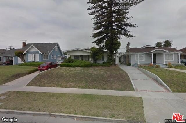 Photo of home for sale at 5335 VICTORIA Avenue S, Los Angeles CA