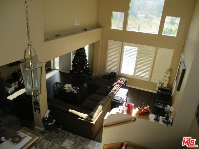 27185 Ocean Dunes Street, Moreno Valley CA: http://media.crmls.org/mediaz/A686DE2E-9340-463D-86B2-69180D9A996F.jpg