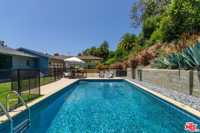 545 Catalonia Ave, Pacific Palisades, CA 90272