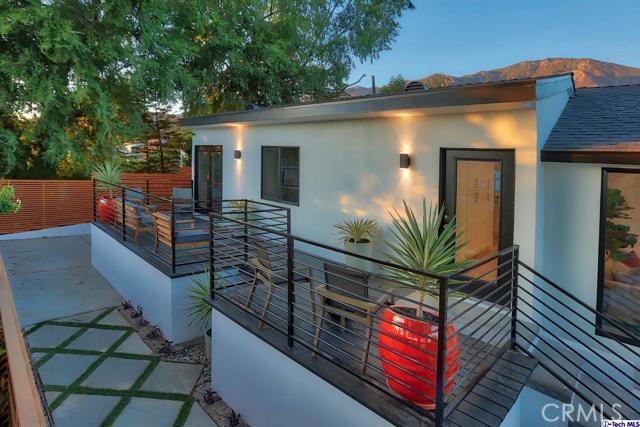 5043 Ramsdell Avenue, La Crescenta CA: http://media.crmls.org/mediaz/A702D346-5BDC-48FA-B96B-F1B5CDAD83EB.jpg