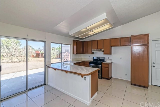 11560 Maple Valley Road Victorville CA 92392