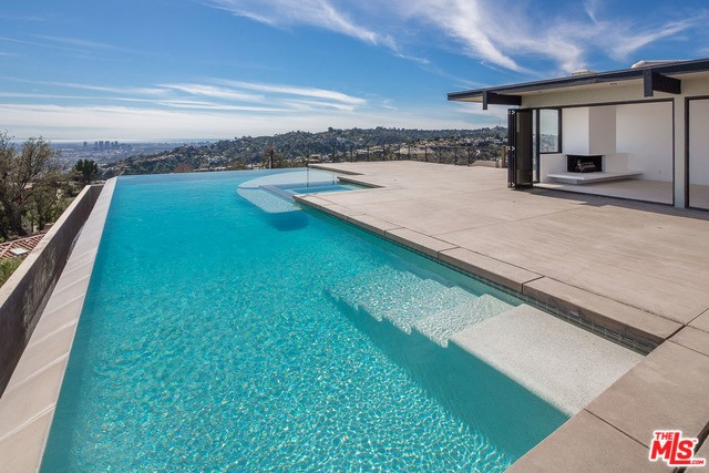 2421 SOLAR Dr, Los Angeles, CA, 90046
